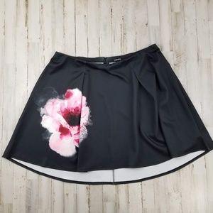 Torrid Womens Skirt 2 Black Pink Watercolor Flower
